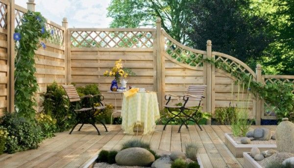 traumgarten sichtschutz zaun xl mit gitterleisten sichtschutzzaun z une sichtschutz. Black Bedroom Furniture Sets. Home Design Ideas